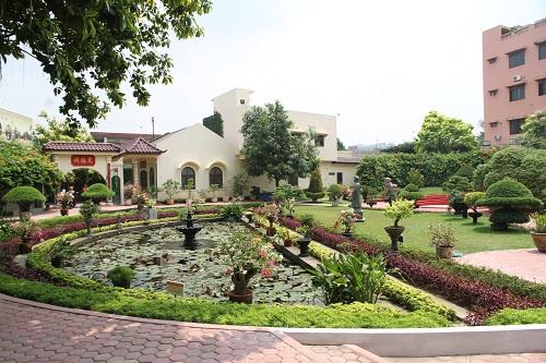 Taman Tjong Yong Hian 1850 1911 Kecamatan Medan Petisah 6