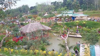 Harga Tiket Masuk Le Hu Garden Jalan Menuju Lokasi Kabupaten