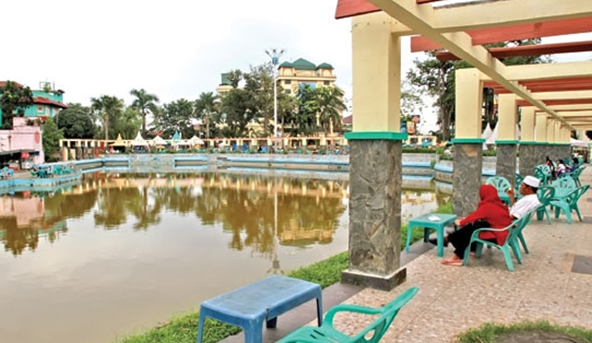 Taman Sri Deli Sejuk Nyaman Peninggalan Kesultanan Medan Kota
