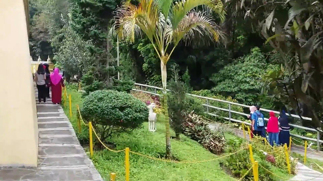 Berkunjung Taman Wisata Lumbini Berastagi Sumatera Utara Youtube Pagoda Kota