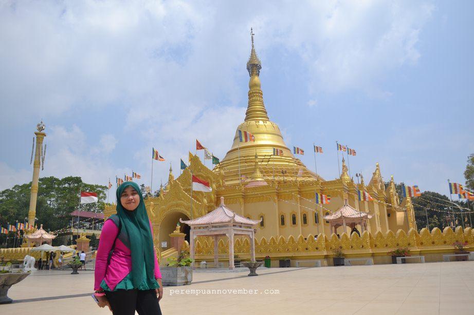 Cantiknya Pagoda Emas Taman Alam Lumbini Berastagi Kotak Replika Shedagon