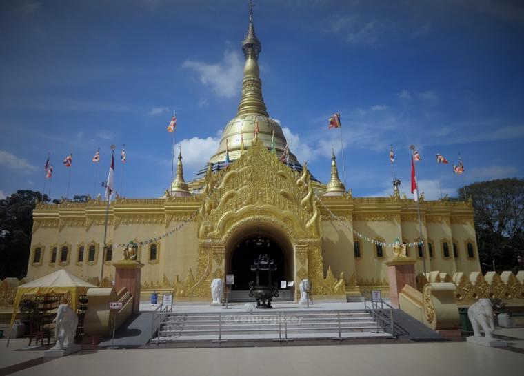 Megah Agung Pagoda Emas Taman Alam Lumbini Oleh Venusgazer Ep