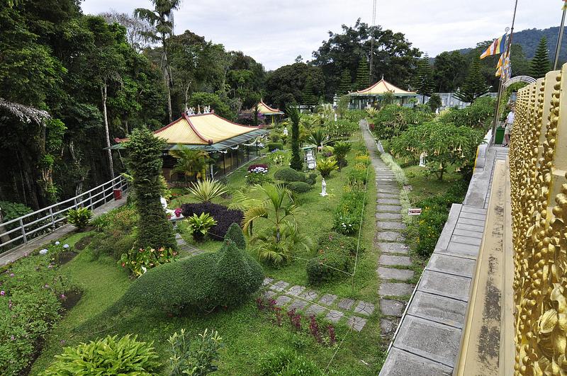 Taman Alam Lumbini Brastagi Tempat Ibadah Skyscrapercity Wisata Pagoda Kota