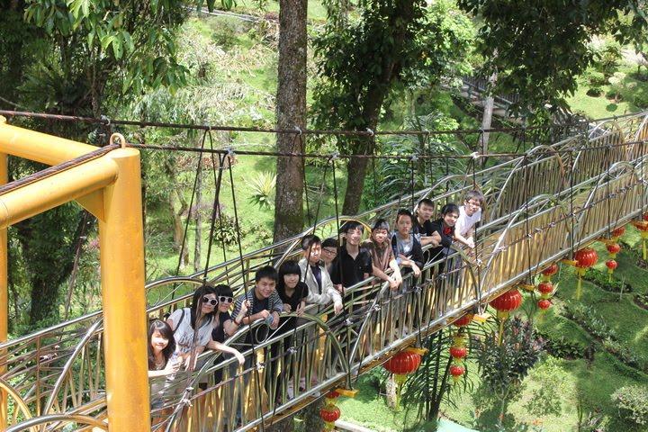 Taman Alam Lumbini Pagoda Menggoda Sumatera Utara Panduan Wisata Kota