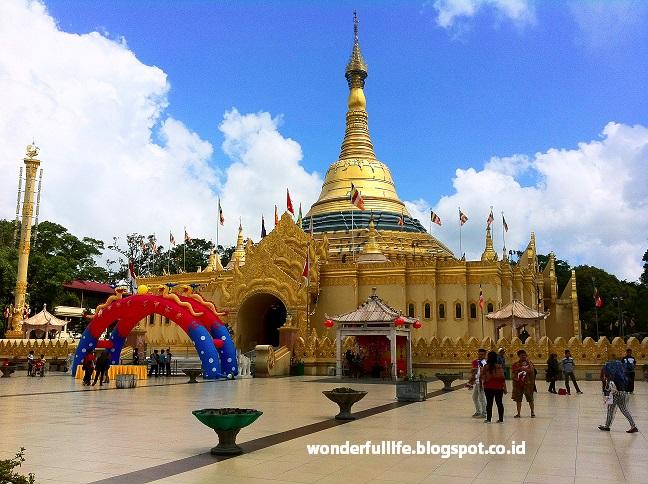 Wisata Religi Ibc Taman Alam Lumbini Berastagi Travelicious Pagoda Kota