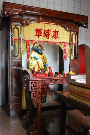Altar Picture Gunung Timur Temple Medan Tripadvisor Vihara Kota
