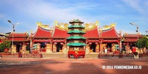 Gunung Timur Salah Satu Bangunan Bersejarah Medan Vihara Kota