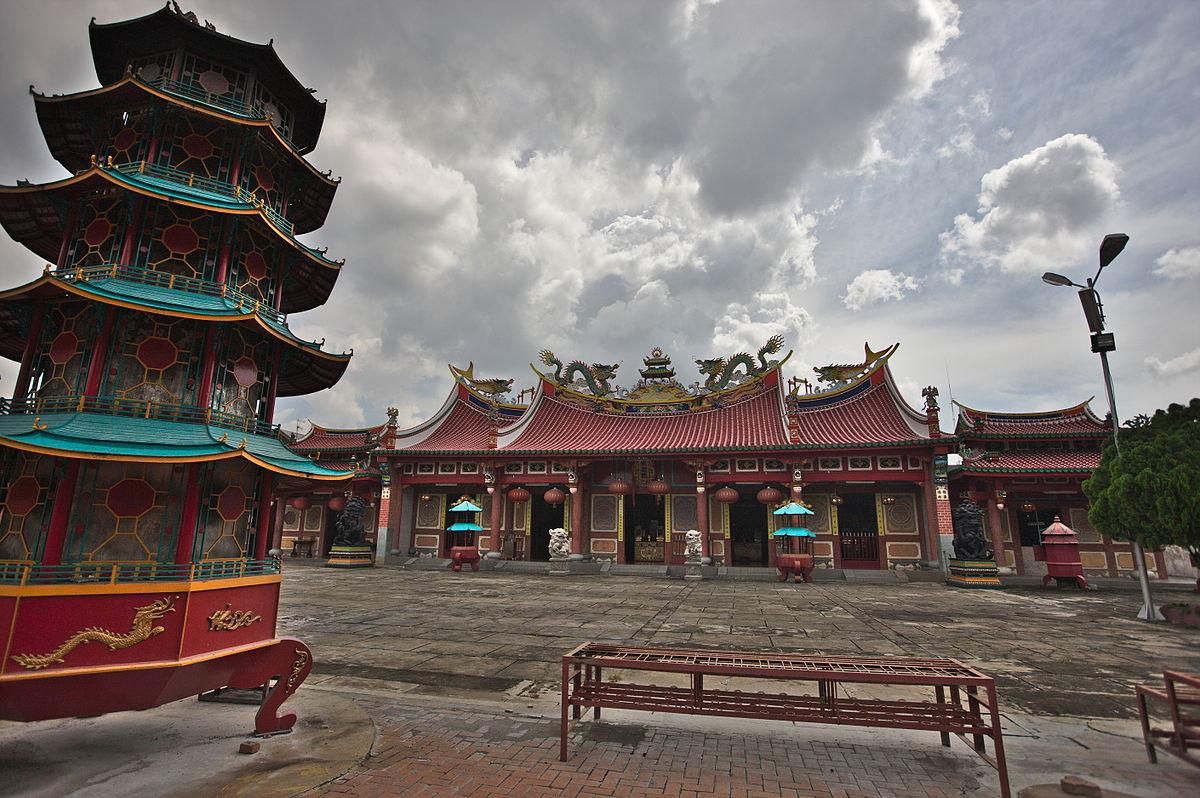 Gunung Timur Temple Wikipedia Vihara Kota Medan