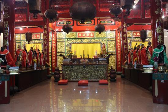 Interior Vihara Foto Gunung Timur Medan Tripadvisor Kota