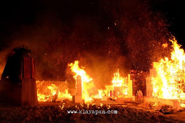 Malam Hungry Ghost Festival Vihara Gunung Timur 2017 Klayapan Tidak