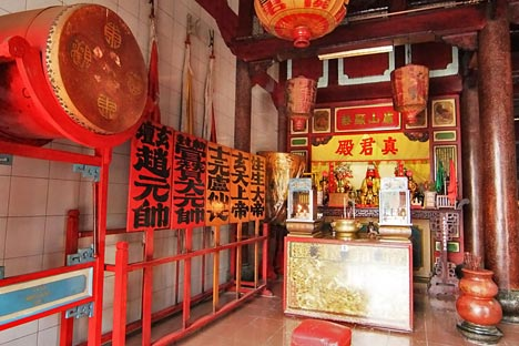 Sejarah Etnis Tionghoa Vihara Gunung Timur Panduan Wisata Medan Kota