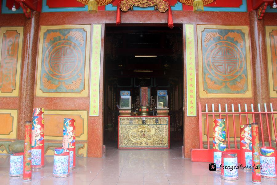 Vihara Gunung Timur Medan Fotografi Wisata Religi Kota