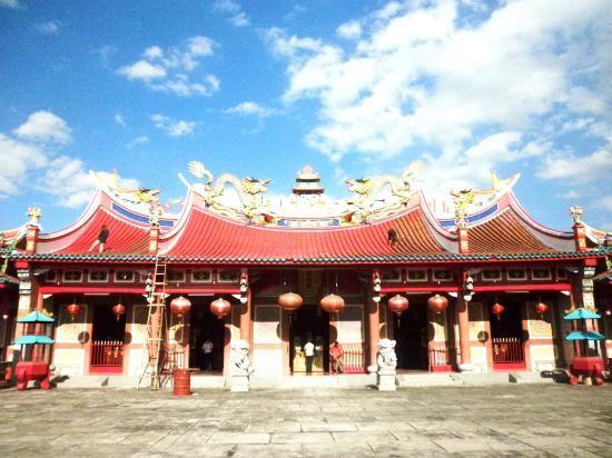 Vihara Gunung Timur Temple Medan Kota