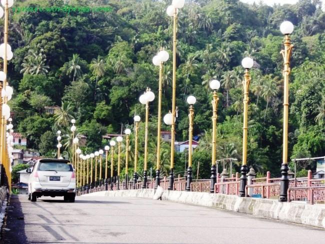 Belasan Remaja Tanggung Kota Padang Terlibat Tawuran Jembatan Siti Nurbaya