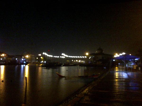Jembatan Siti Nurbaya Kota Padang Malam Hari
