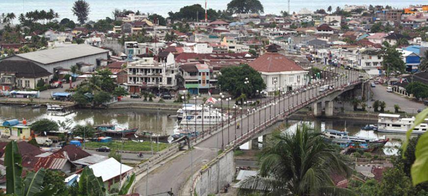 Jembatan Siti Nurbaya Padang Dolan Kota