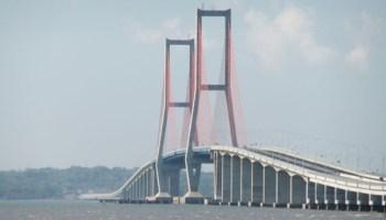 Jembatan Siti Nurbaya Padang Menghubungkan Kota Tua 3 Terpanjang Indonesia
