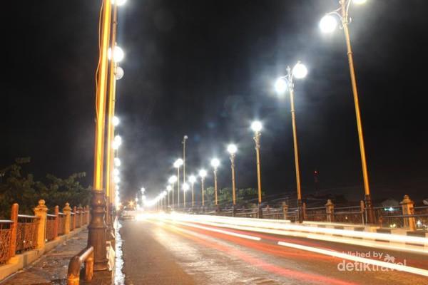 Kota Padang Malam Hari Syahdu Ya Suasana Jembatan Siti Nurbaya