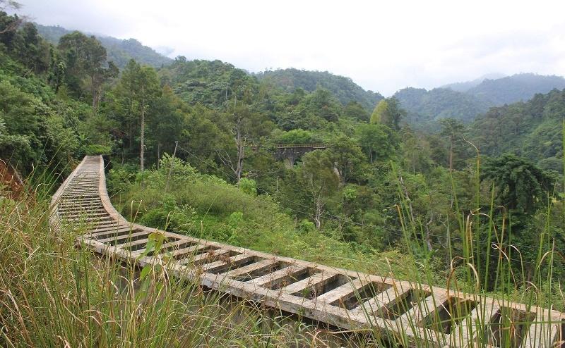 Padang Jembatan Instagramable Saingan Siti Nurbaya Kota