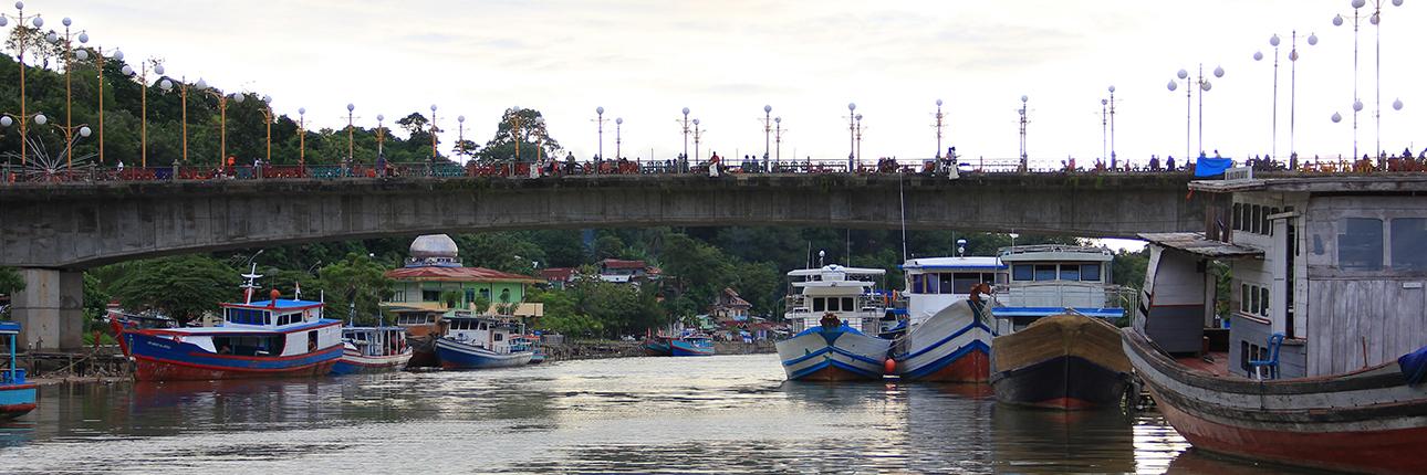 Surya Tenggelam Jembatan Siti Nurbaya Indonesiakaya Eksplorasi Budaya Zamrud Khatulistiwa