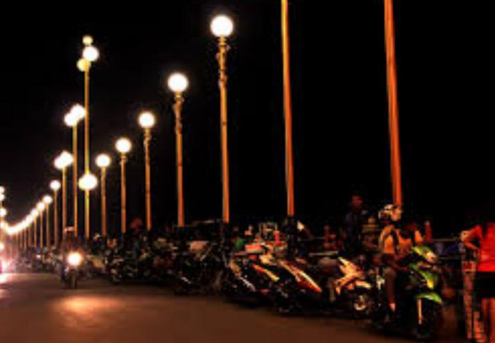 Wisata Budaya Jembatan Siti Nurbaya Apreri Salim Menghubungkan Kota Tua