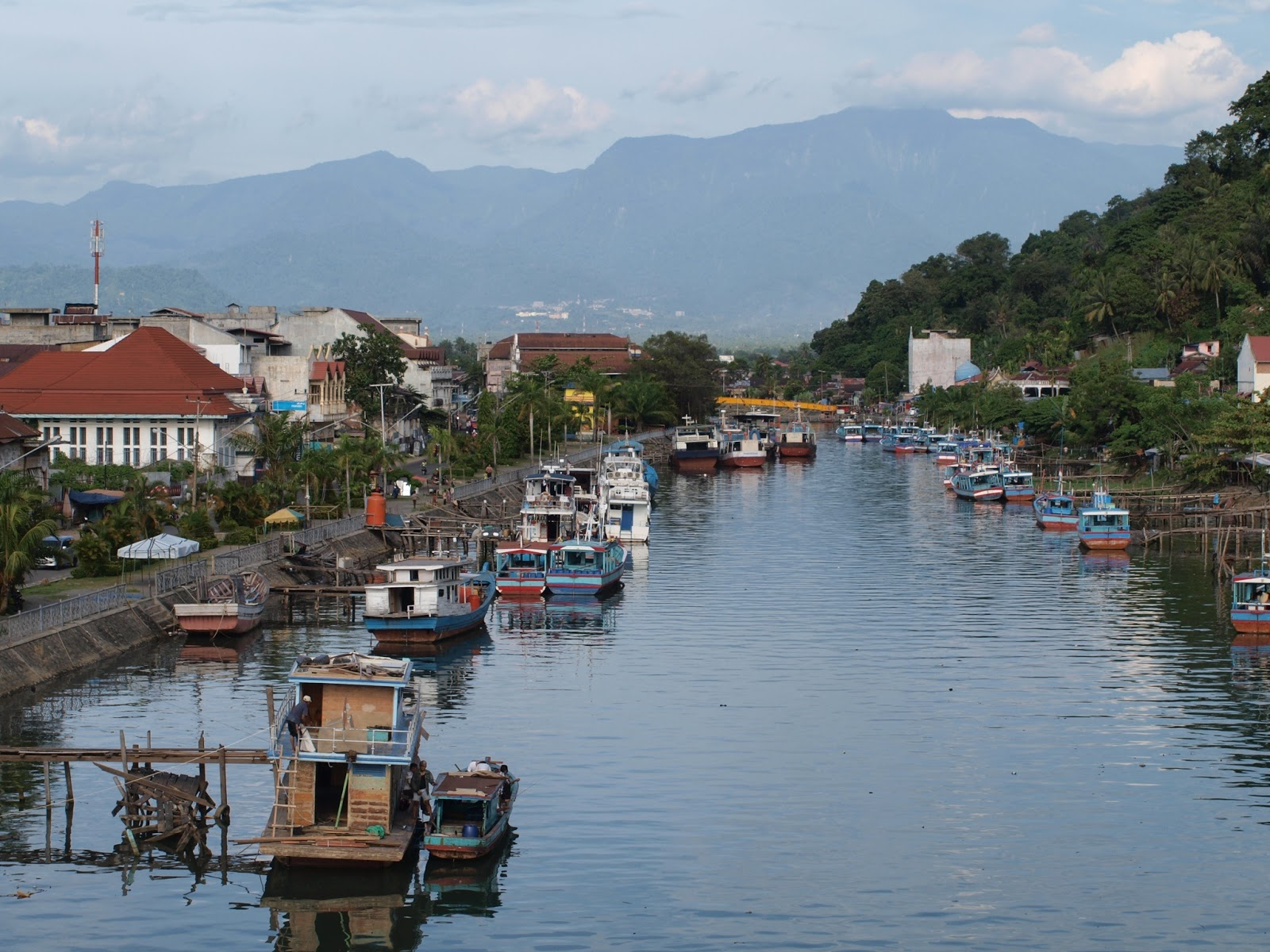 Wisata Minangkabau Menikmati Senja Jembatan Siti Nurbaya Pelabuhan Muaro Kisah