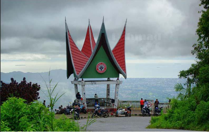 10 Tempat Wisata Padang Keren Asli Indonesia Melihat Pemandangan Kota