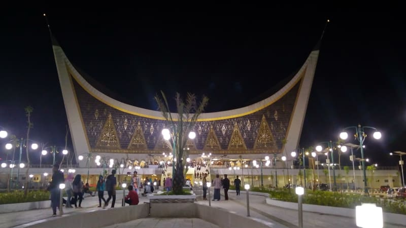 5 Destinasi Wisata Religi Kota Padang Kumparan Langkan Id Sumatera