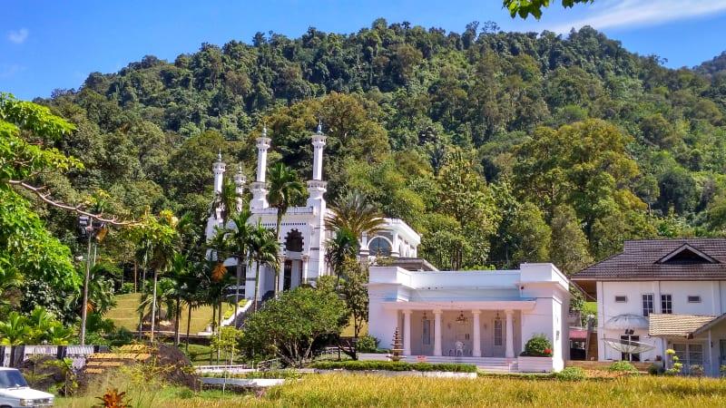 5 Destinasi Wisata Religi Kota Padang Kumparan Masjid Memiliki Miniatur