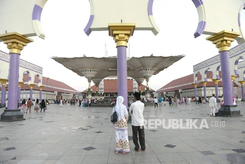 Wisata Haji Umrah Semarang Serasa Berada Makkah Madinah Replika Arsitektur