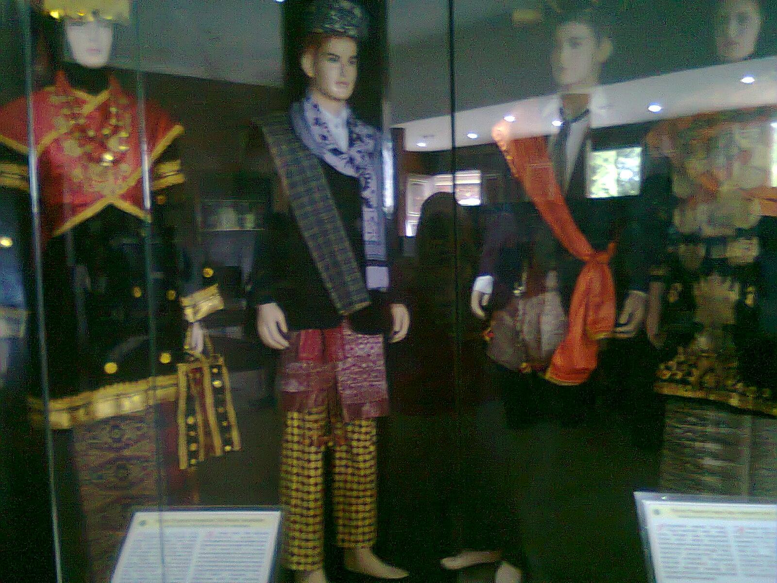 Bertamasya Belajar Museum Adityawarman Milacharmeila Gambar Musium Kota Padang