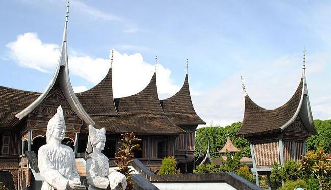 Jalan Kota Padang Sumatera Barat Airpaz Blog Museum Adityawarman Musium