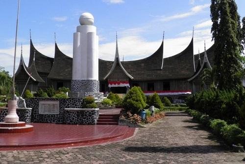 Lanjutan Tempat Wisata Padang Sumatera Barat Musium Adityawarman Kota