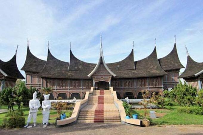 Museum Adityawarman Canangkan Gerakan Hibah Koleksi Aktual Padang Musium Kota