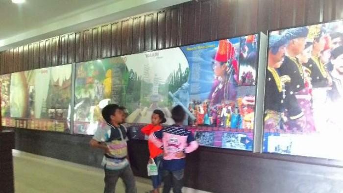 Museum Adityawarman Hadirkan 19 Ikon Kota Kabupaten Sumbar Pengunjung Musium