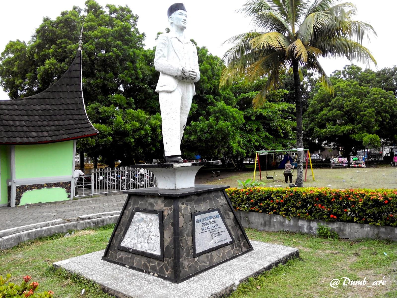 Ngebolang Bak Anak Hilang Kota Padang Patung Bagindo Aziz Chan