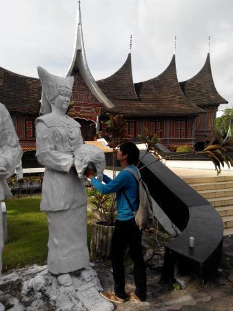 Sore Bundo Kanduang Adtyawarman Foto Museum Adityawarman Musium Kota Padang