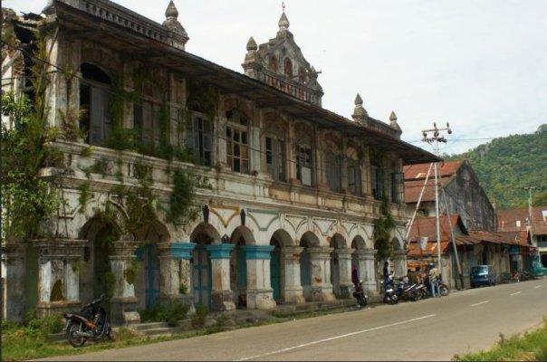 Visit Minangkabau Objek Wisata Kota Padang Lebih Dikenal Kampuang Cino