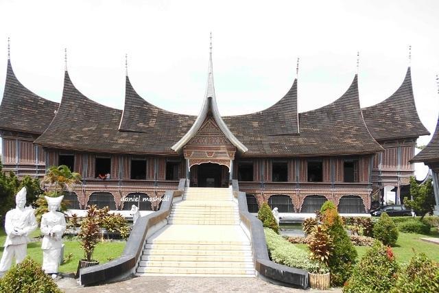 Wah Gay Museum Adityawarman Padang Oleh Sam Leinad Musium Kota