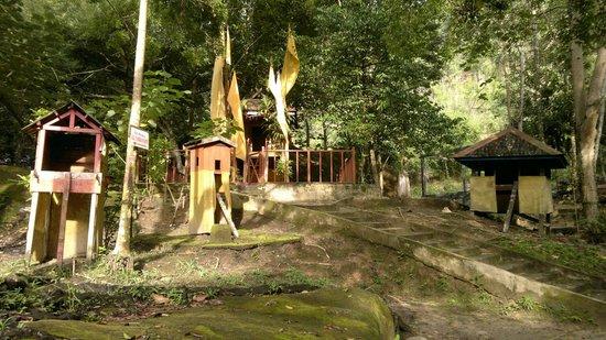 Dayak Cultural Sites Picture Bukit Tangkiling Palangkaraya Doa Karmel Kota