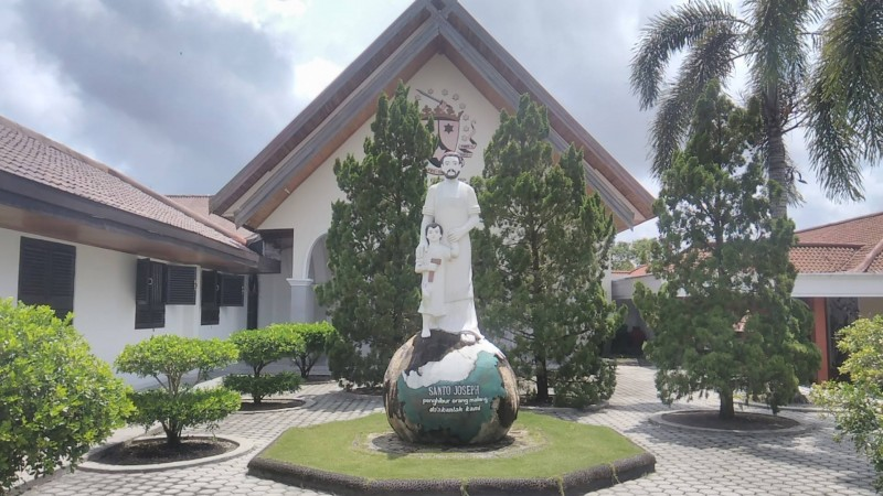 Feature Kharisma Rohani Bukit Doa Karmel Palangkaraya Rri Portal Tangkiling