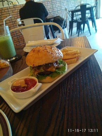 Felicita Pizzeria Patisserie Tea Palangkaraya Restaurant Bukit Doa Karmel Tangkiling