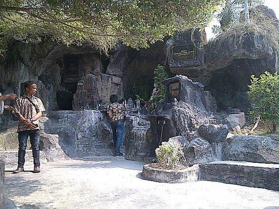 Grotto Picture Bukit Doa Karmel Tangkiling Palangkaraya Kota