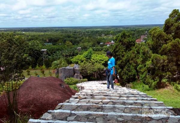 Yuk Main Palangkaraya Pemandangan Bukit Tangkiling Indah Doa Karmel Kota