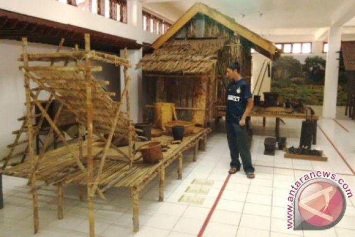 Wisata Museum Balanga Palangka Raya Antara News Kalimantan Berlokasi Jalan