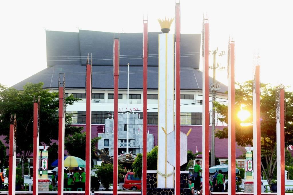 Ketika Soekarno Melawat Palangka Raya Tugu Palangkaraya Foto Hasil Jepretan