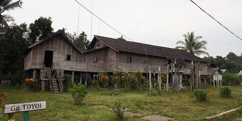Belajarlah Betang Toyoi Kompas Rumah Tradisional Dayak Yuniadhi Agung Adat
