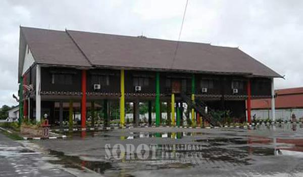 Heboh Rumah Adat Dayak Dicat Taman Kanak Sorot Indonesia Bentang