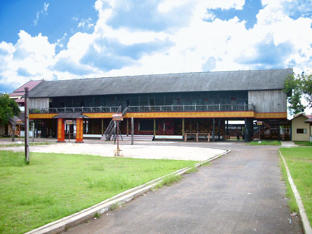Kalimantan Tengah Arsip Backpacker Jakarta Rumah Betang Adat Khas Bentang