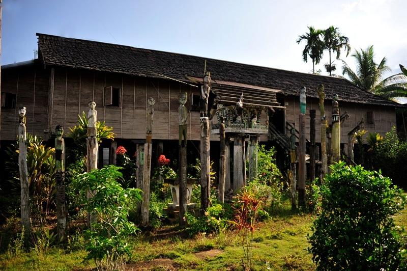 Rumah Betang Adat Hampir Tersingkirkan Noyanpost Bentang Kota Palangkaraya